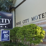 Palmerston North Accomodation - Rose City Motel -Road Sign
